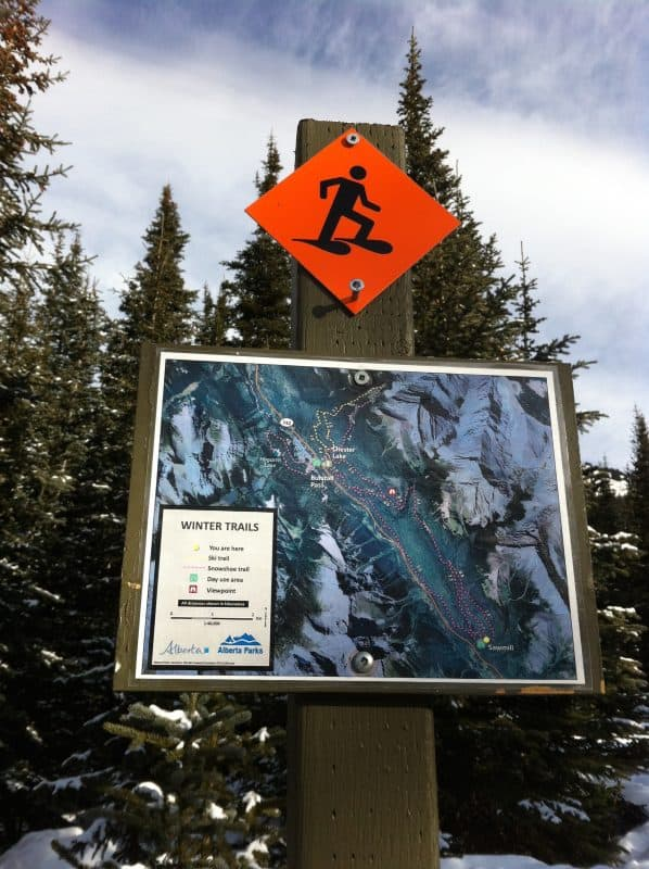 snowshoe trail sign