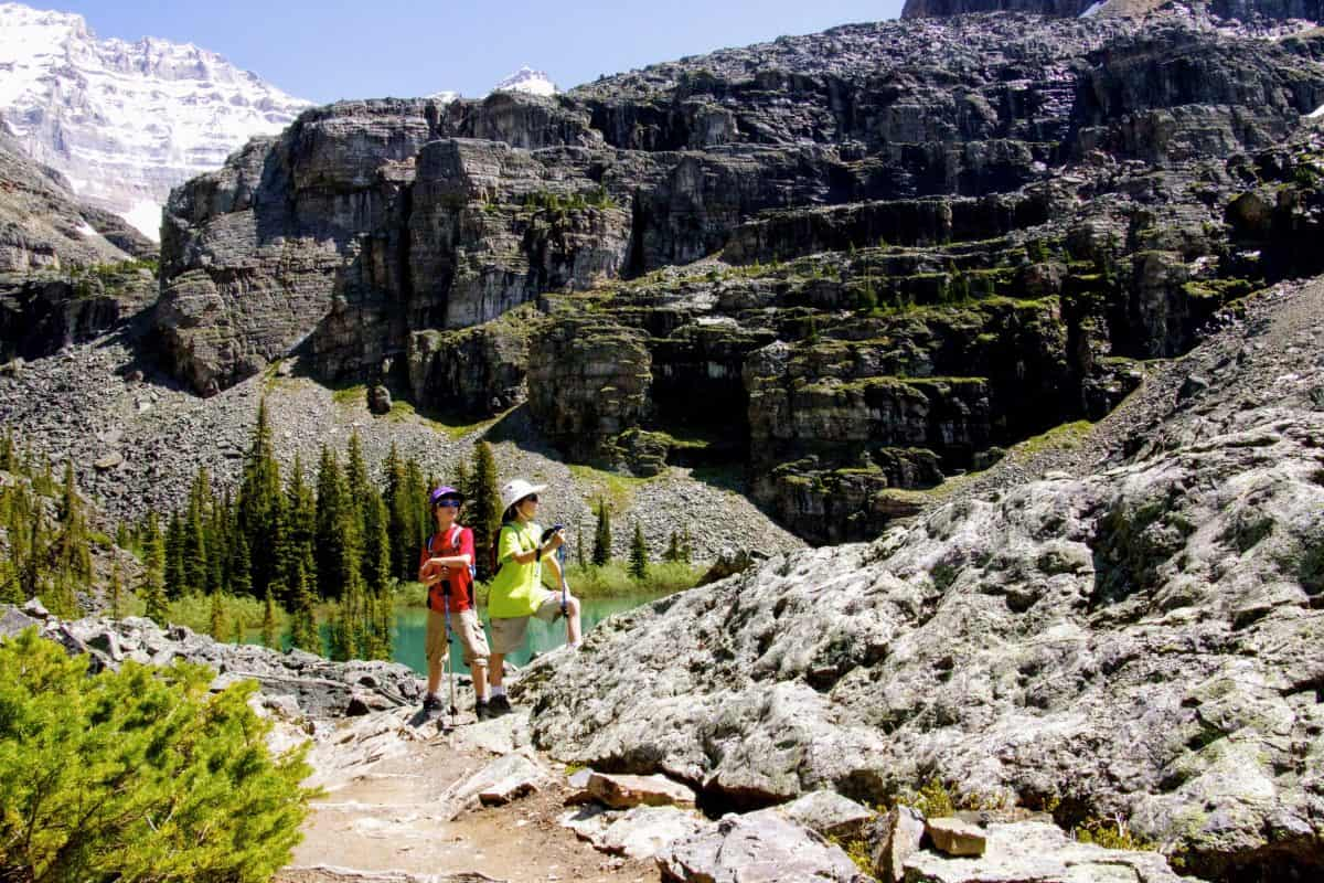two boys standing on the Lake Oesa trail in Lake O'Hara