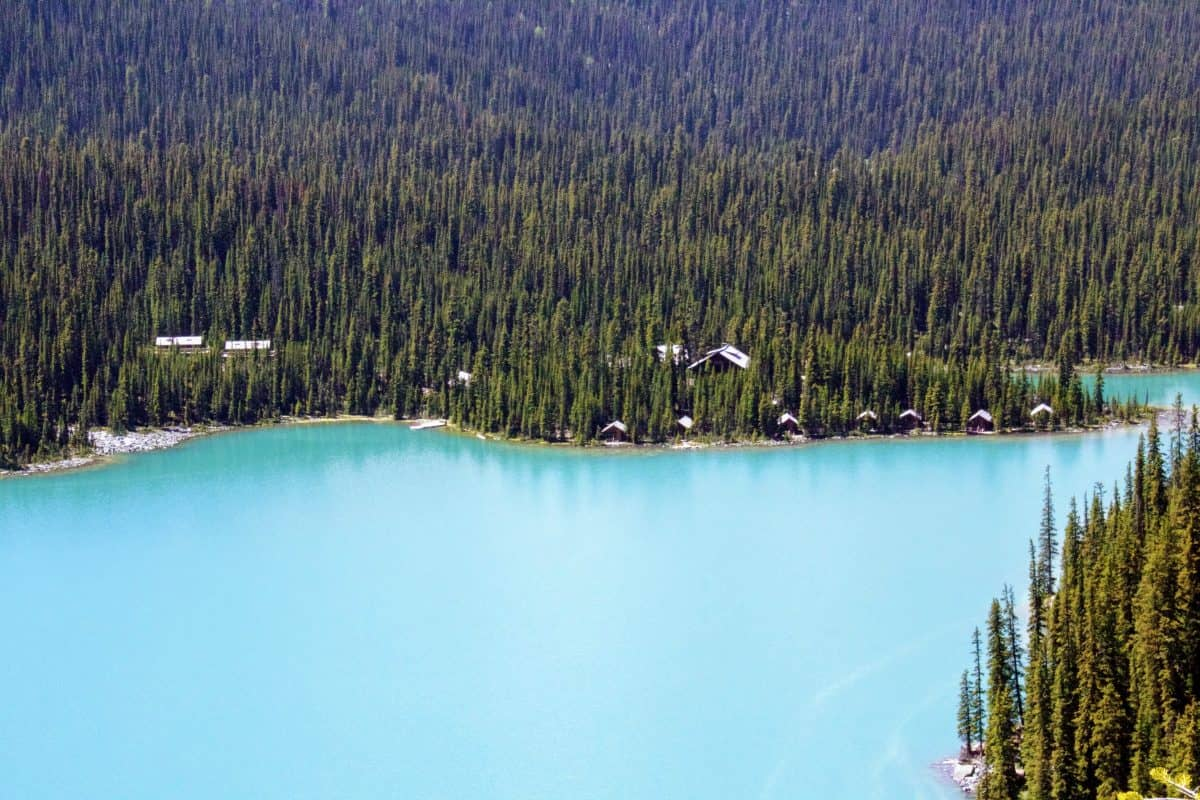 This image has an empty alt attribute; its file name is Lake-OHara-Lake-Oessa-1200x800.jpg